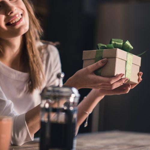 Hvad skal du give hende i julegave?