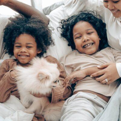 Familie med hund
